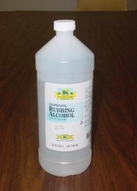 Rubbing alcohol and water for a de-icing solution