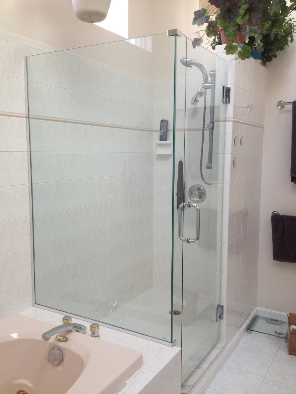 Glass Shower Doors Amp Glass Shower Enclosures Flower City